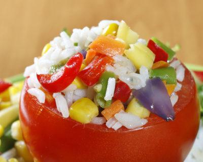 Petites tomates farcies au riz long