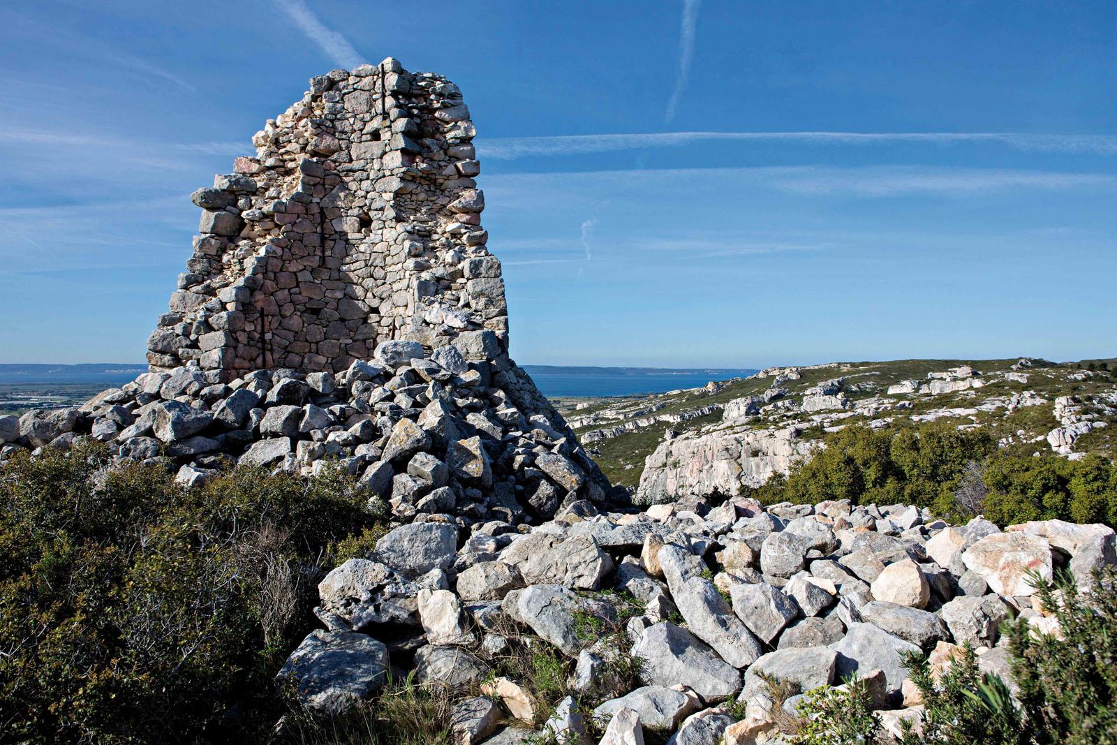 Les ruines du Château Calissanne