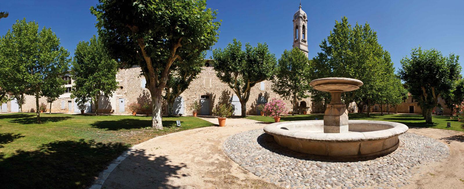 La fontaine du Château Calissanne